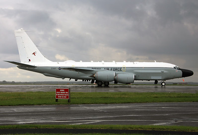 UK - Air Force Boeing RC-135W (717-158) 	Mildenhall (MHZ / GXH / EGUN) UK - England, September 18, 2015 Reg: ZZ665  Cn: 18778 This is the 2nd Rivet Joint aircraft for the Royal Air Force, ex 64-14838 USAF. Arriving at its temporary base Mildenhall in the middle of a heavy rainshower.