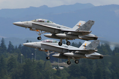 165686 / DT-08 and 164670 / DT-11  Boeing (McDonnell Douglas) FA-18D Hornet  US Marines