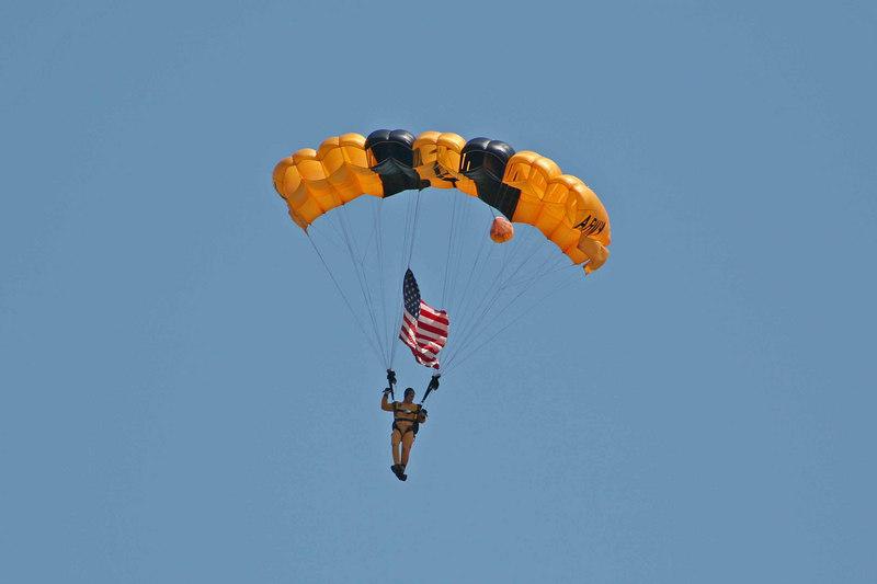 Army Golden Knights Parachute team