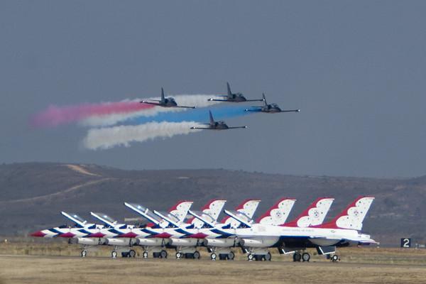 Airplanes & Air Shows
