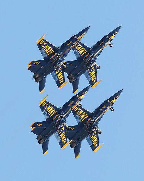 USA 2011 - MCAS Miramar Air Show - US Navy Blue Angels<br /> F/A-18 Hornet