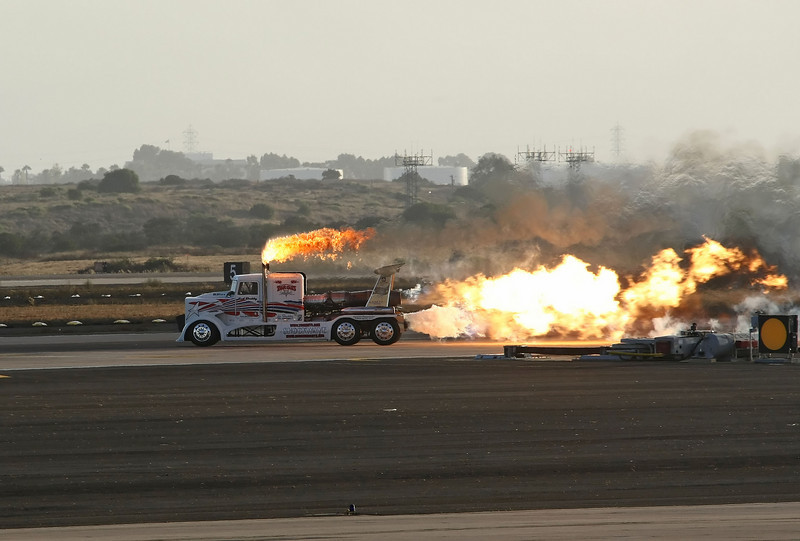 USA 2009 - MCAS Miramar Air Show - Twilight Show - Shockley's Shockwave Jet Truck