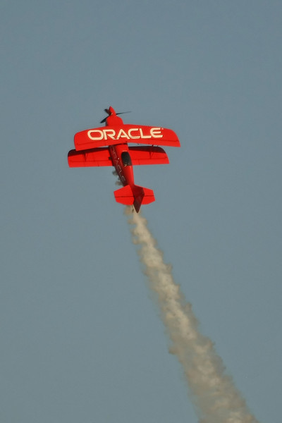 "USA 2009 - MCAS Miramar Air Show - Twilight Show - Sean Tucker ""Oracle Challenger"""