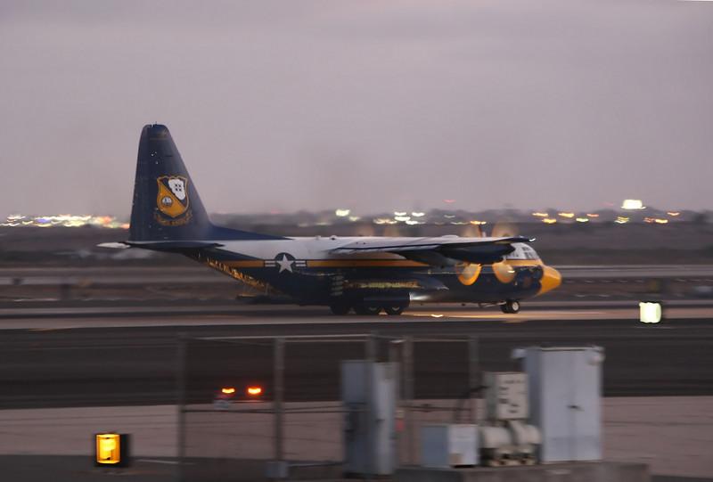 "USA 2009 - MCAS Miramar Air Show - Twilight Show - US Marine Corps C-130 Hercules ""Fat Albert"""
