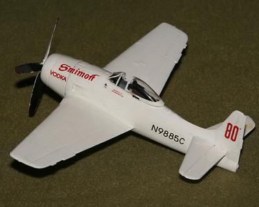 Renom-1964-80-F8F-a