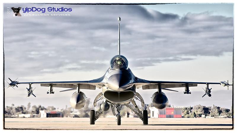 IMAGE: http://yipdog.smugmug.com/Airplanes/Luke-12-17-12/i-33TdtBg/0/L/Showdown%20V2-L.jpg