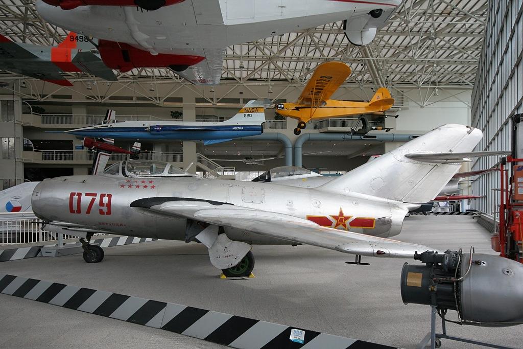 Mikoyan-Gurevich MiG-15bis China - Air Force 079