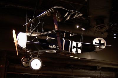 Fokker Dr.I Triplane (Reproduction) NX2203
