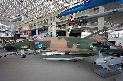 McDonnell F-4C Phantom II US Air Force 64-0776 / AK (cn 1079)