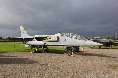 XX829. Sepecat Jaguar T.2A. RAF. Newark. 211017.