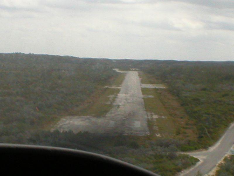 Approach Rwy 13 Stella Maris, Long Island, Bahamas