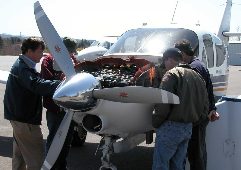 BTV Fly-in - Jim showing the troops the IO-580 in the Super Commander