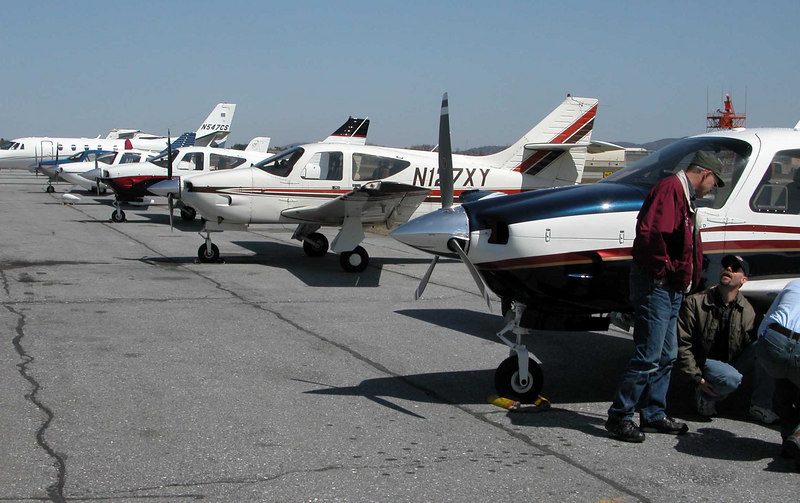 BTV Fly-in - Four of the eight Commanders to make the line-up