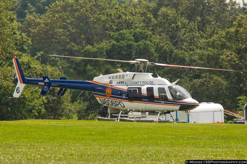 Nassau PD 6 drops in to Eisenhower Park for a quick stop.