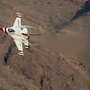 Thunderbirds F-16 Tight Turn @ Nellis AFB.  Las Vegas, Nevada