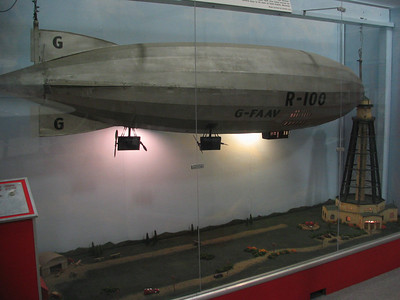 British Airship R100 model