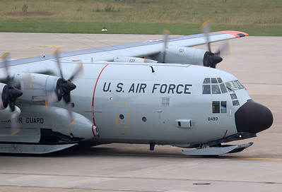 21.9.17: USA - Air Force Lockheed LC-130H Hercules (L-382) 83-0493 New York Air Guard
