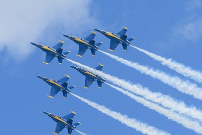 Navy Blue Angels - Delta formation