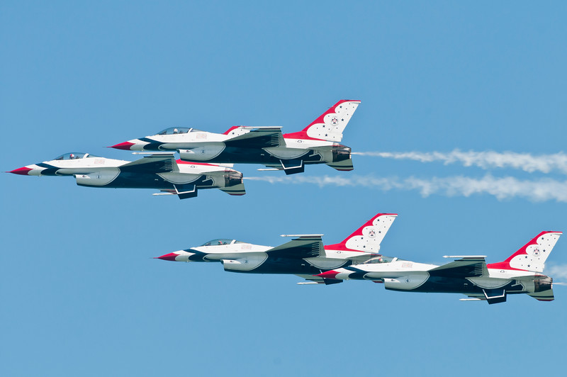 Final pass - USAF Thunderbirds