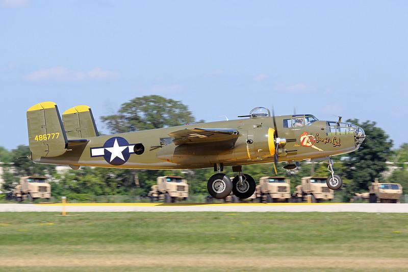 "Norht American B-25 ""Georgie's Gal"" at the EAA Air Adventure 2012"