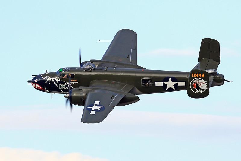 North American B-25J Mitchell - Betty's Dream - N5672V