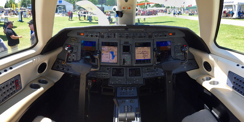 Cessna Citation CJ4 Cockpit