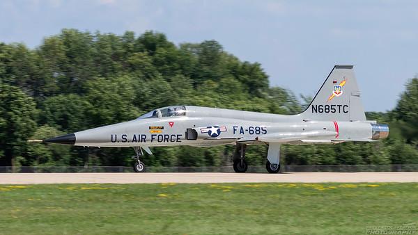 N685TC. Northrop F-5A Freedom Fighter. USAF. Oshkosh. 230718.