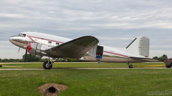 N472AF. Douglas DC3C. Vintage Wings. Oshkosh. 250718.