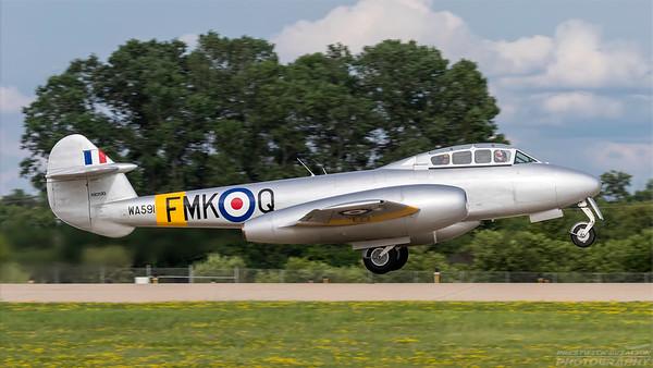 WA591(NX313Q). Gloster Meteor T7. RAF. Oshkosh. 260718.