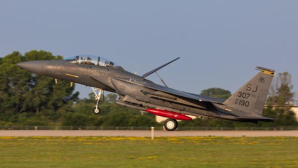 87-190. McDonnell Douglas F-15E Strike Eagle. USAF. Oshkosh. 250719.