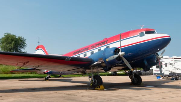 N64766. Douglas DC-3. Airborne Support. Oshkosh. 250719.