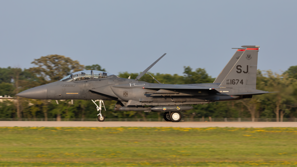 88-1674. McDonnell Douglas F-15E Strike Eagle. USAF. Oshkosh. 250719.