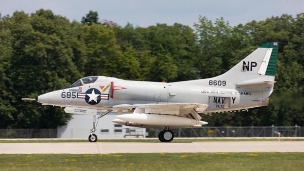 148609. Douglas A-4B Skyhawk. US Navy. Oshkosh. 230719.