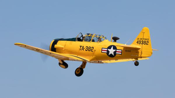 49382 (N5451E). T-6G Texan. USAF. Oshkosh. 230719.