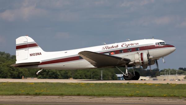 N103NA. Douglas C-47B Skytrain. Flabob Express. Oshkosh. 270919.