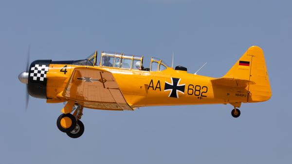 AA+682 (N542PJ). North American T-6J Harvard Mk IV. Luftwaffe. Oshkosh. 250719.