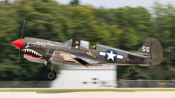 NL977WH. Curtiss P-40N Warhawk. USAAF. Oshkosh. 230719.