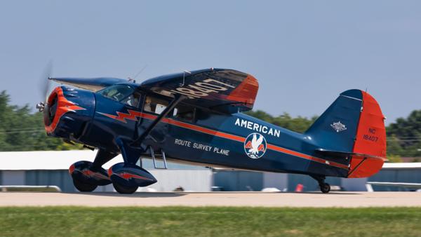 NC18407. Stinson SR-9C Reliant. American Airlines. Oshkosh. 230719.