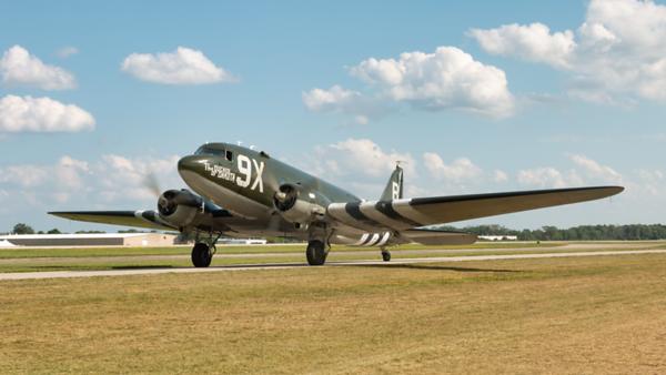 N543BE. Douglas C-53D Skytrooper. USAAF. Oshkosh. 260719.