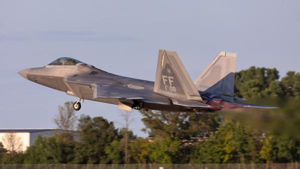 09-4185. Lockheed Martin F-22A Raptor. USAF. Oshkosh. 220719.