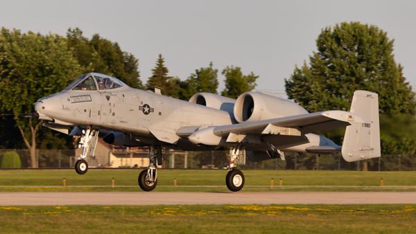 81-980. Fairchild Republic A-10 Thunderbolt II. USAF. Oshkosh. 220719.