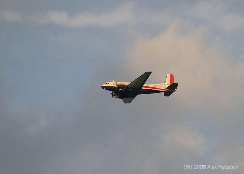 Douglas C-117D