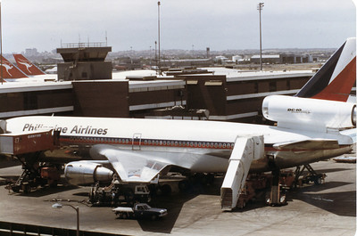 RP-C2114 PHILIPPINE AIRLINES DC-10