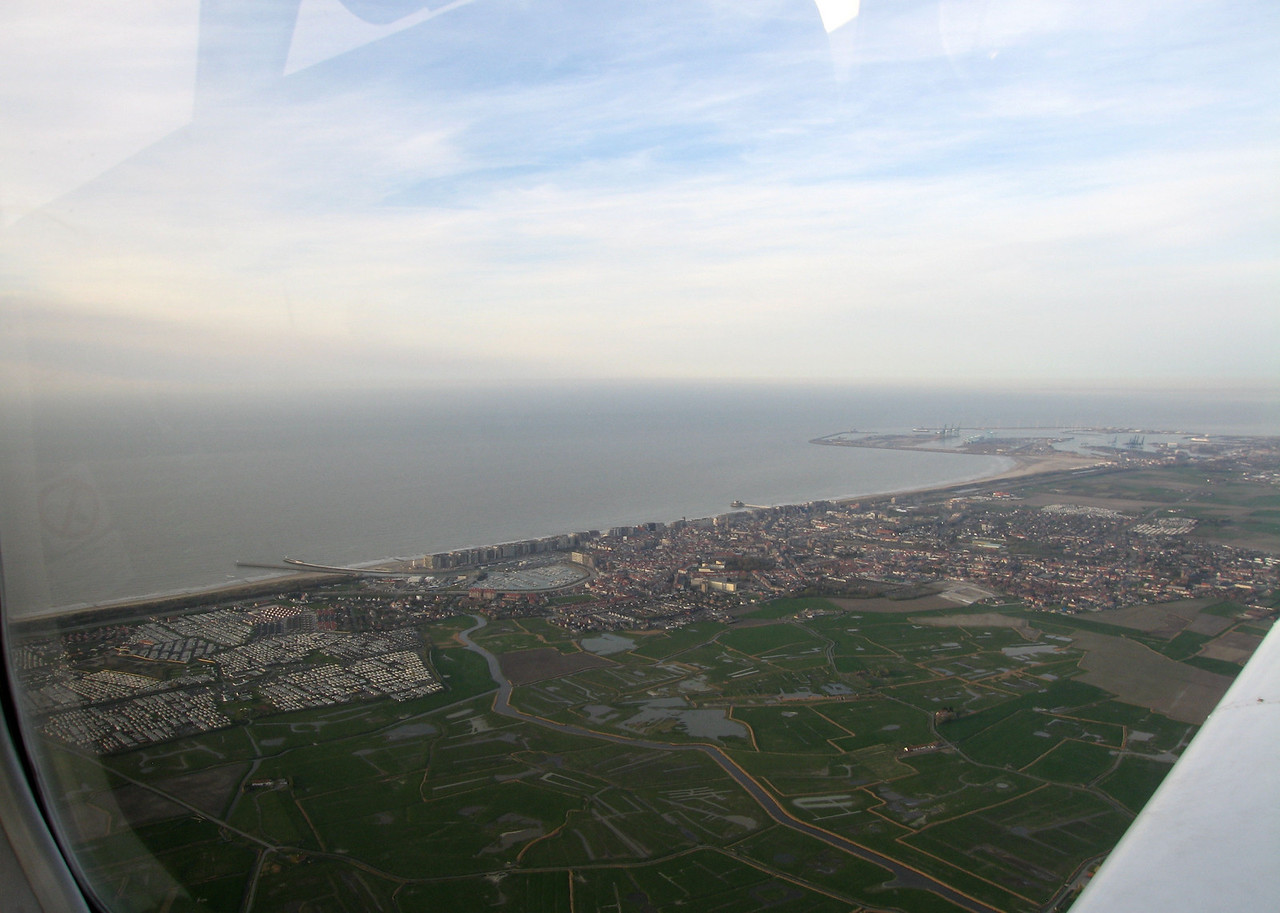 Blankenberge, Zeebrugge at the right side.