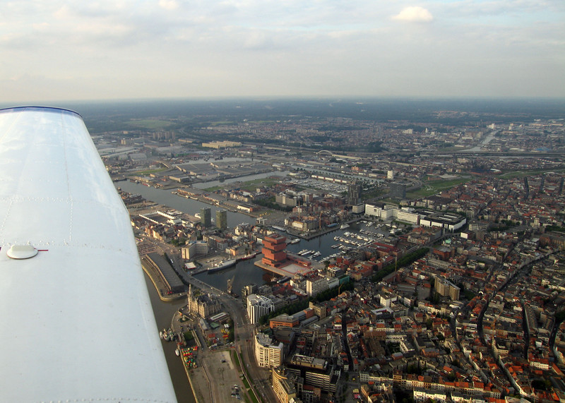 """Coming from the west, the approach took me straight over Antwerpen city where I could take this nice shot of the MAS. <br /> This museum is brandnew and its design a real eyecatcher. It opened it's doors only two months ago and already counts 250.000 visitors. Check  <a href=""""http://www.mas.be"""">http://www.mas.be</a>"""