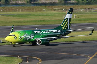 """Alaska Airlines Boeing 737-790 N607AS (cn 29751/313) """"Portland Timbers"""""""
