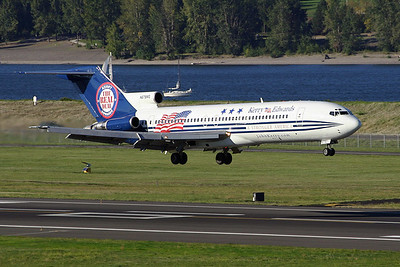 Boeing 727-200  John Edwards' campaign plane from the 2004 presidential election