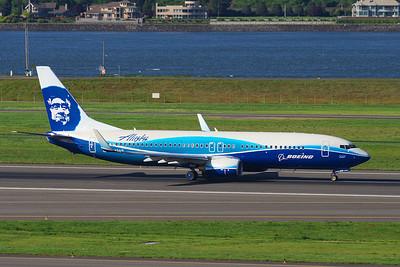 N512AS (cn 39043/2711) Boeing Color Scheme