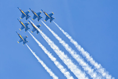 2016 Blue Angels Diamond Formation