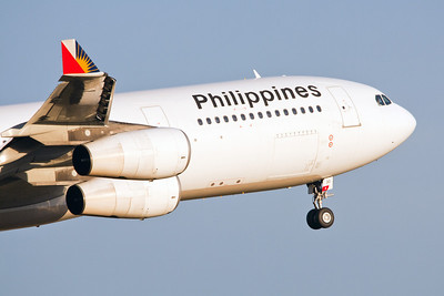 Philippines Airlines Airbus A340-300 RP-C3430